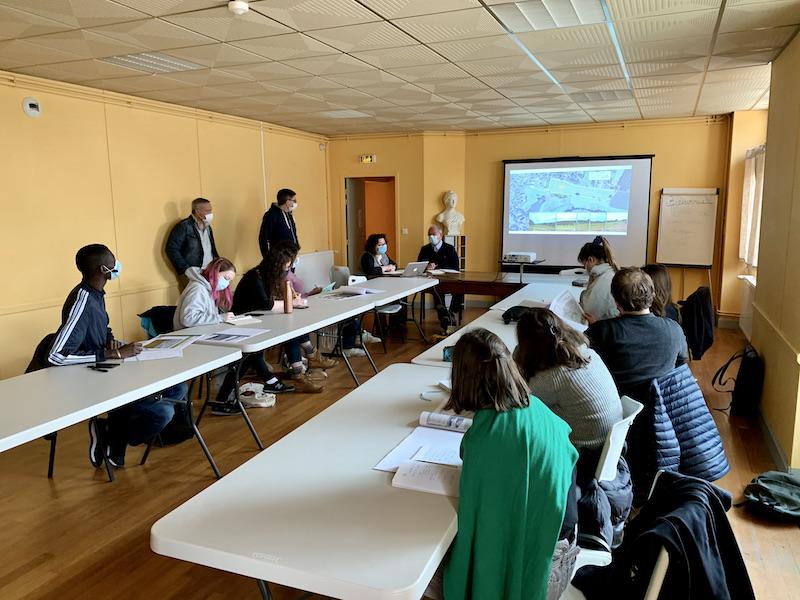 Présentation des projets communaux par les élus de Saint-Pierre-de-Frugie dans le cadre de l'atelier professionnel commandé par le PNR Périgord-Limousin — Promo 2021